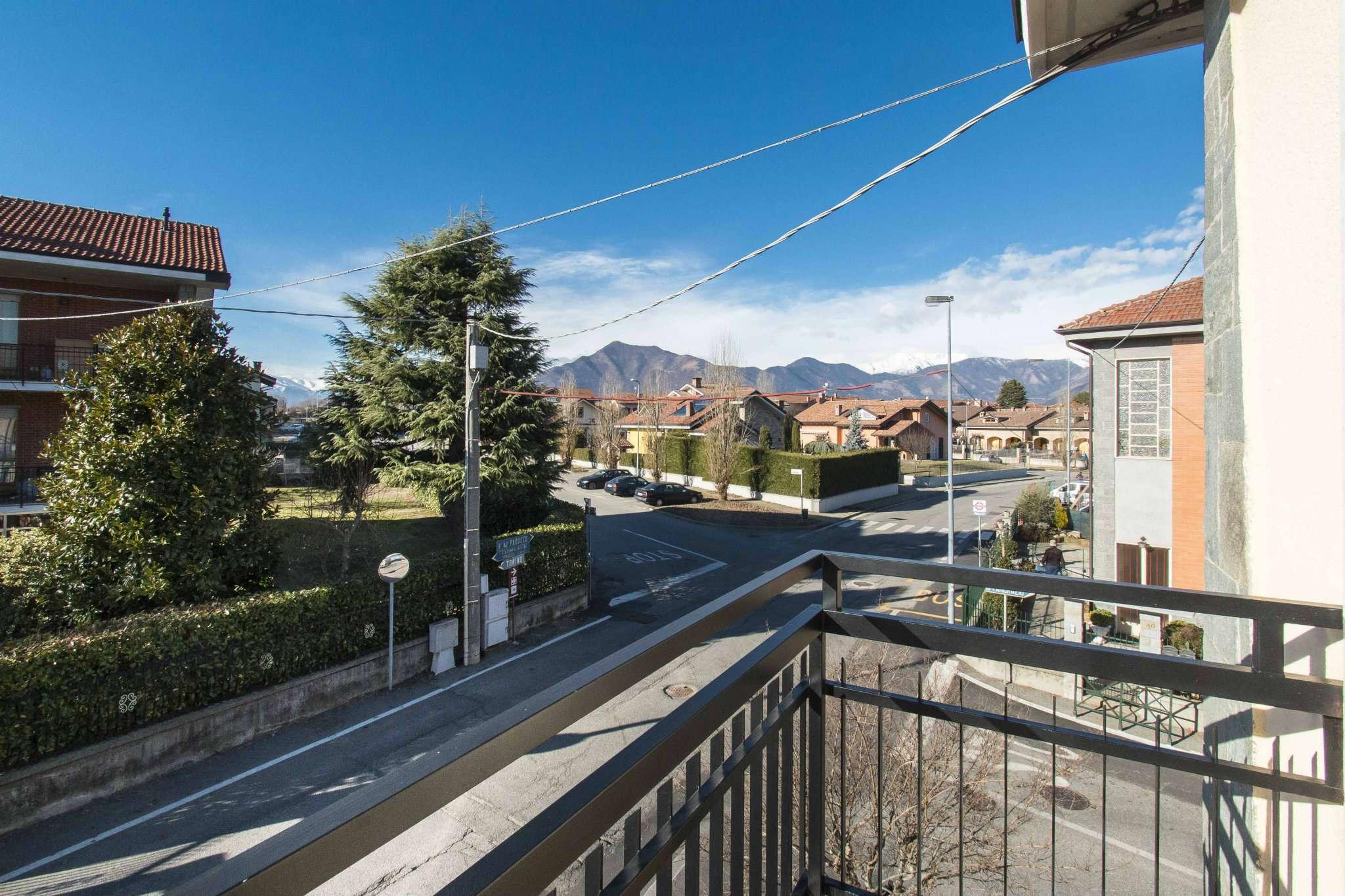 Appartamento in vendita a Pianezza, 4 locali, prezzo € 203.000 | CambioCasa.it