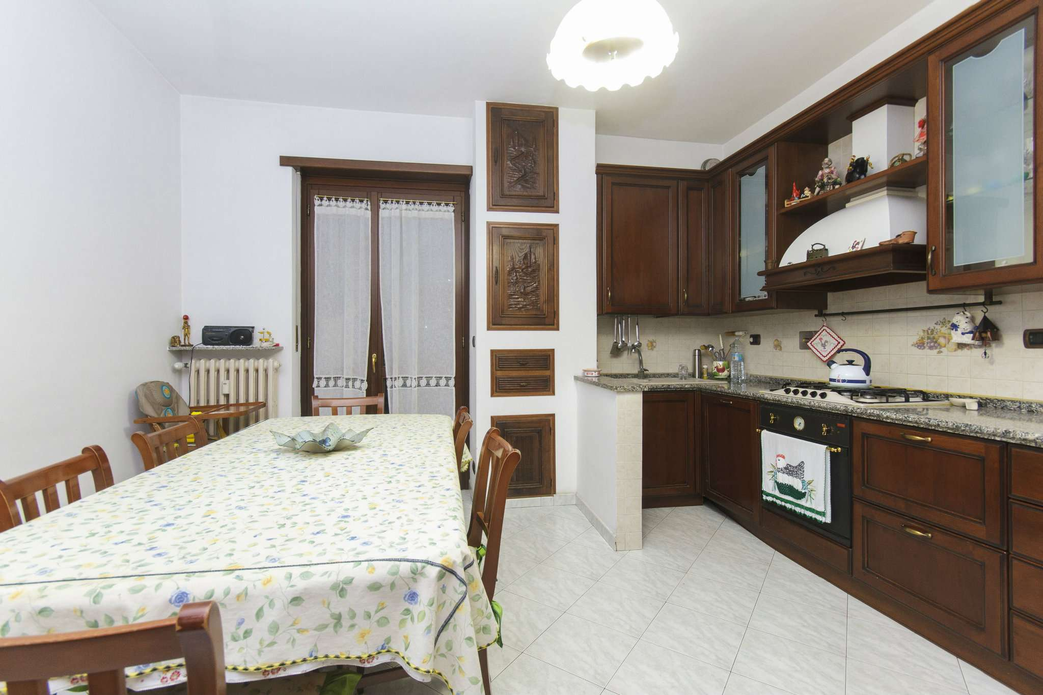 Appartamento in vendita a Pianezza, 4 locali, prezzo € 197.000   CambioCasa.it