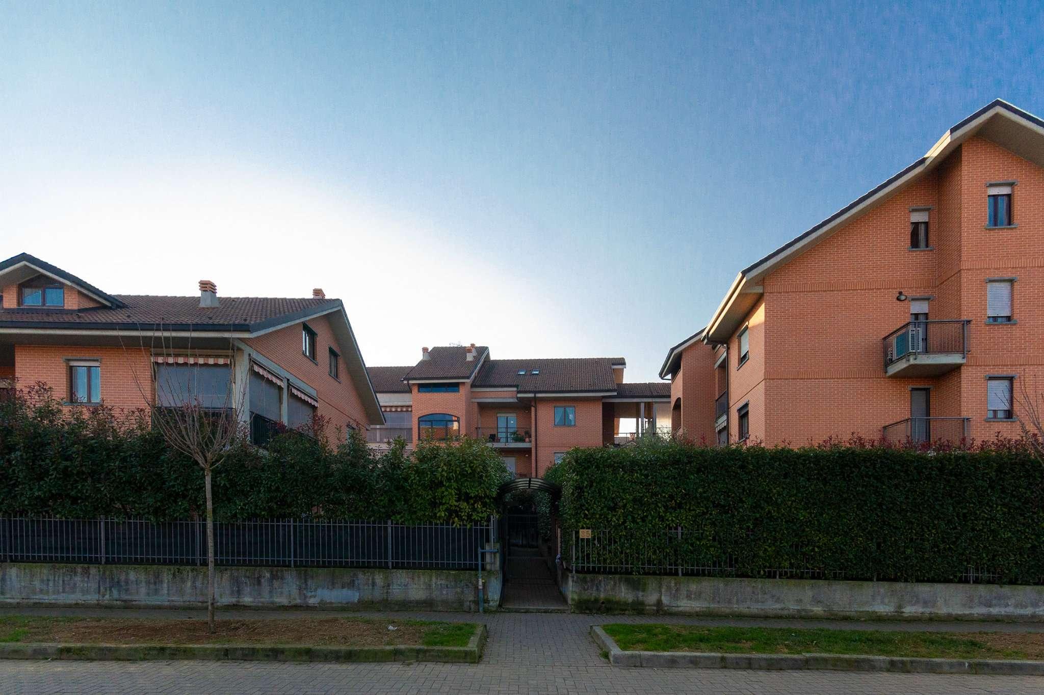Appartamento in vendita a Pianezza, 5 locali, prezzo € 238.000   CambioCasa.it