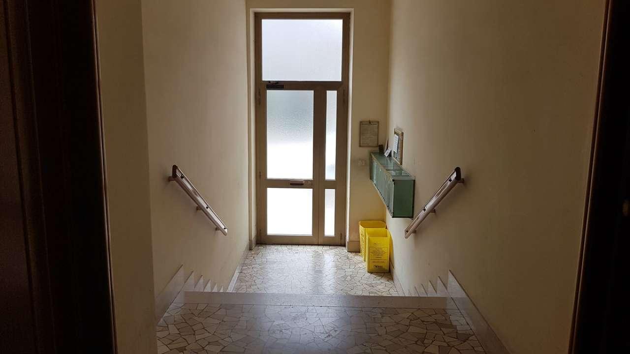 Appartamento ristrutturato arredato in affitto Rif. 7325828