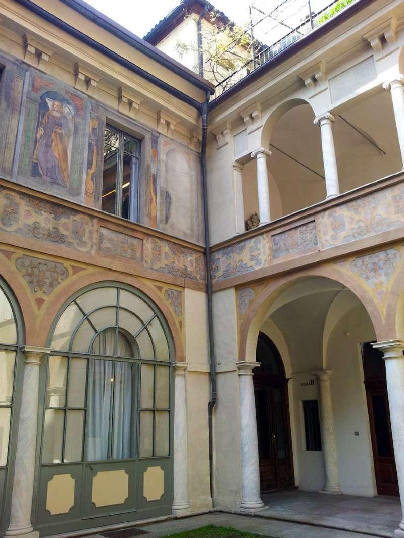 Affitto a Torino Zona Centro Via Stampatori Rif. 9227130