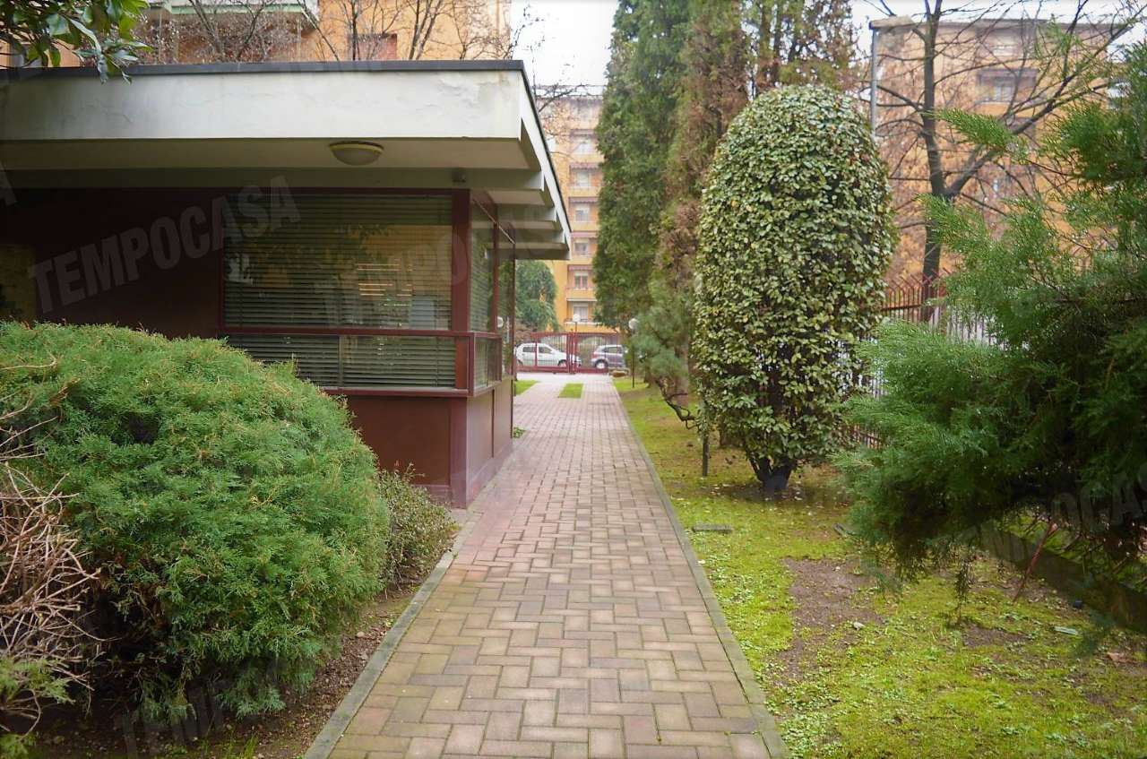 Appartamento in vendita a Bresso, 4 locali, prezzo € 220.000 | CambioCasa.it