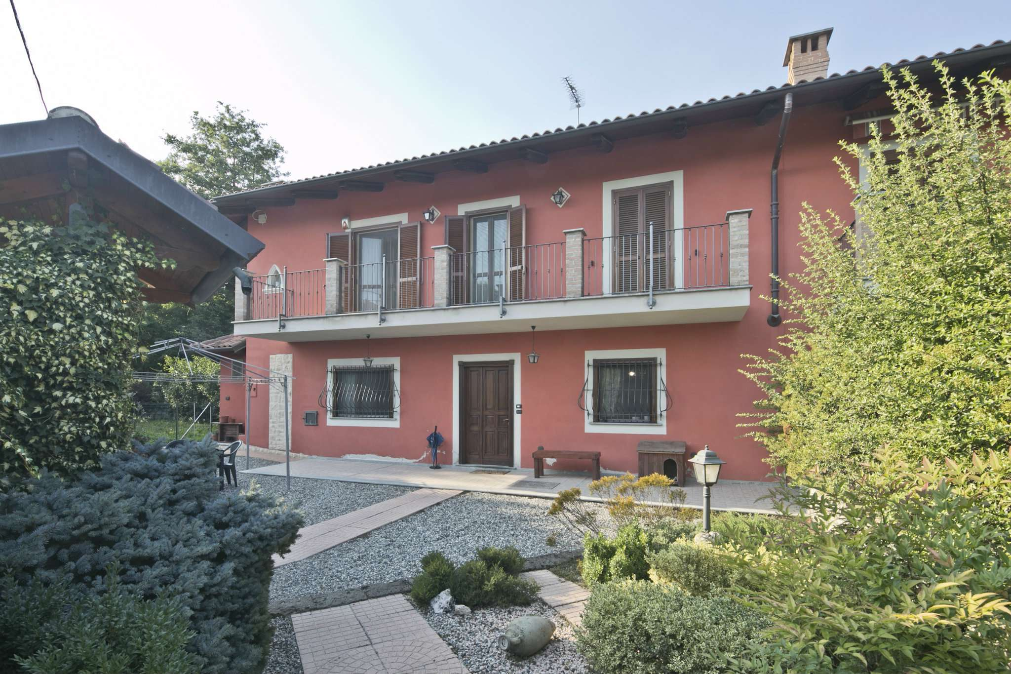 Soluzione Semindipendente in vendita a Leini, 5 locali, prezzo € 239.000 | PortaleAgenzieImmobiliari.it