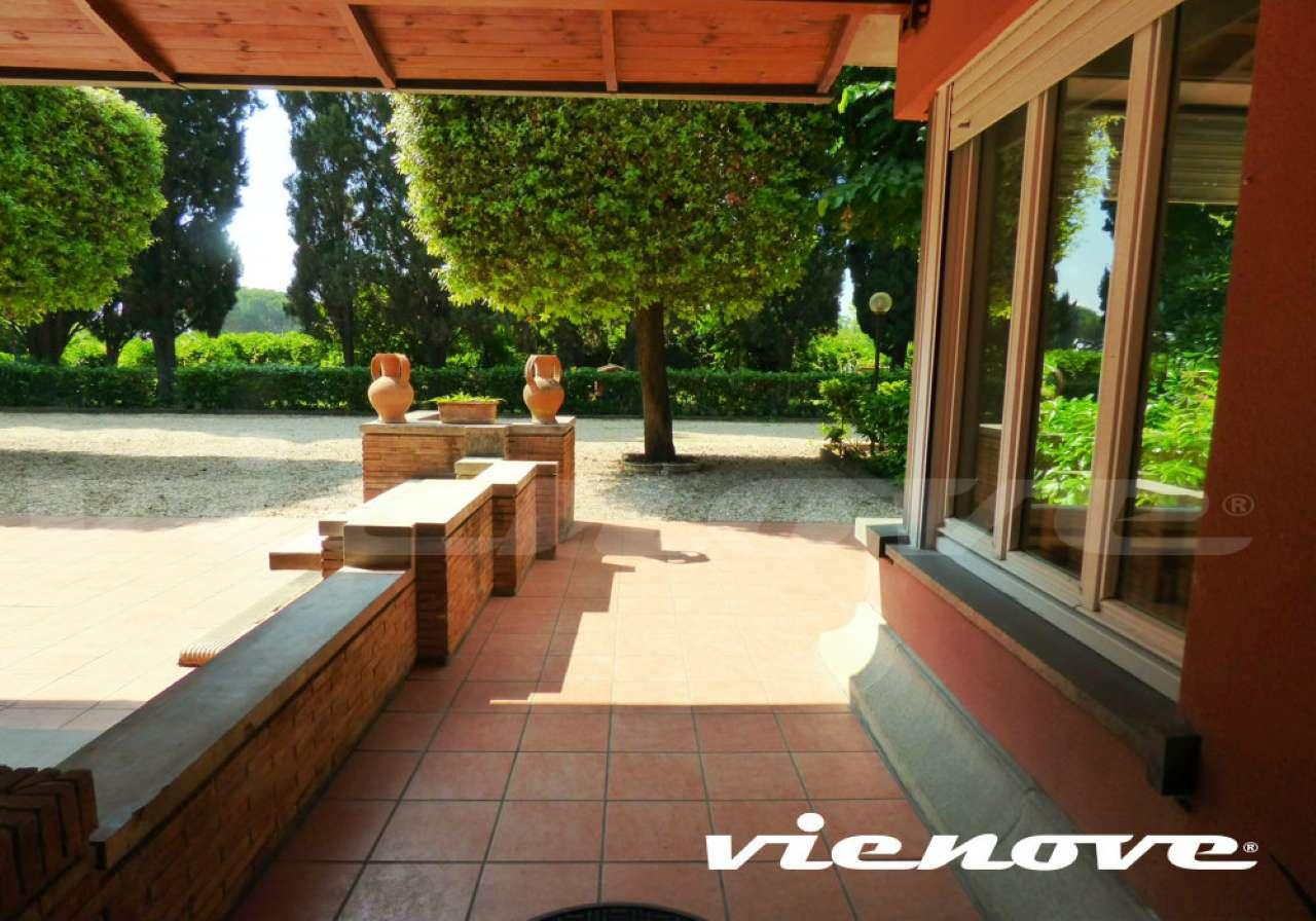 Altro in vendita a Roma, 26 locali, zona Zona: 23 . Portuense - Magliana, prezzo € 1.980.000 | CambioCasa.it