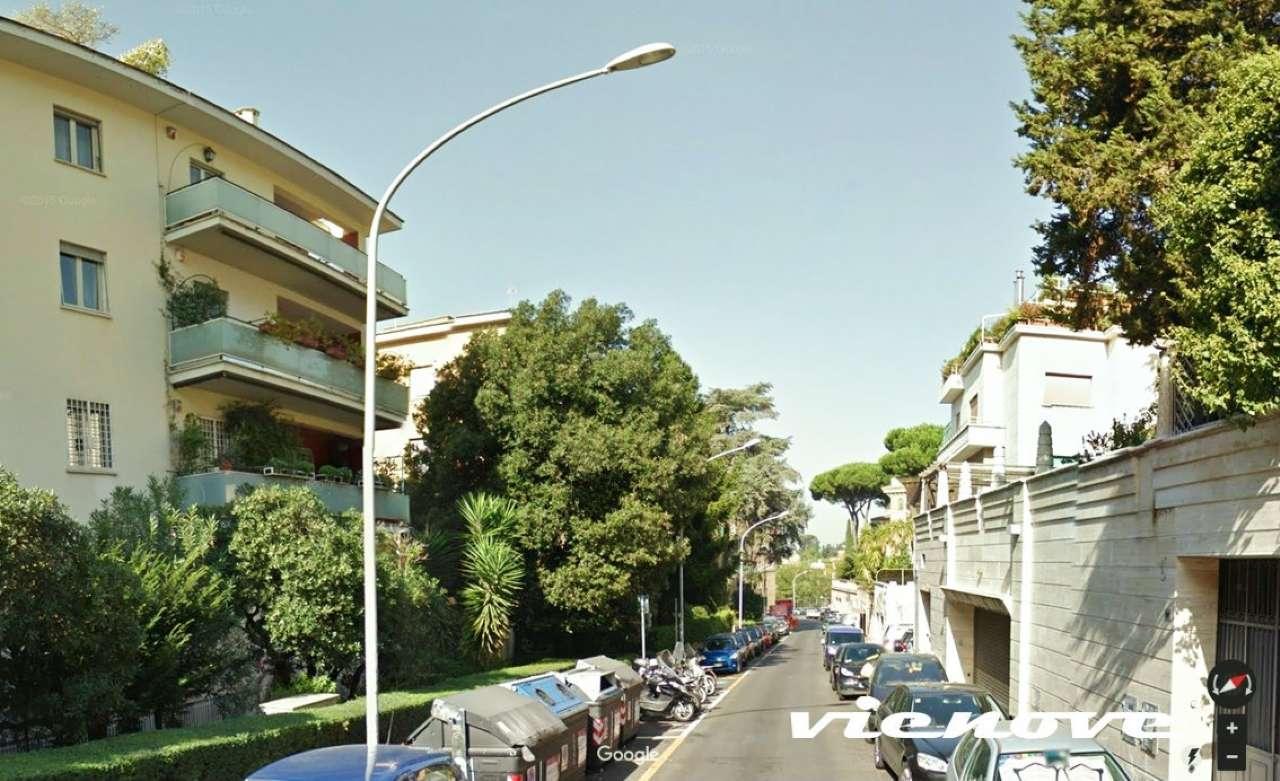 ROMA, Parioli, Via Denza: MINI APPARTAMENTO