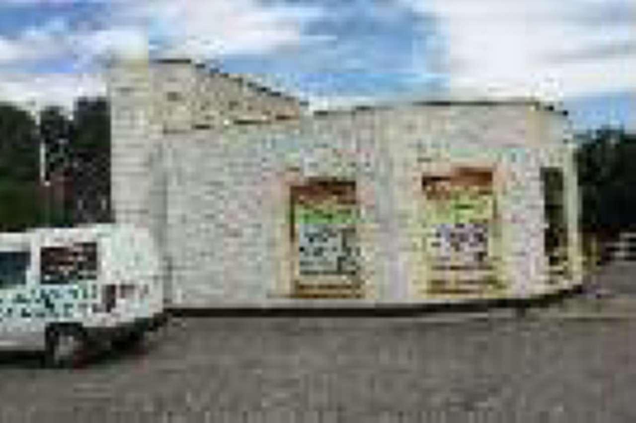 Negozio / Locale in vendita a Alpignano, 9999 locali, Trattative riservate | PortaleAgenzieImmobiliari.it