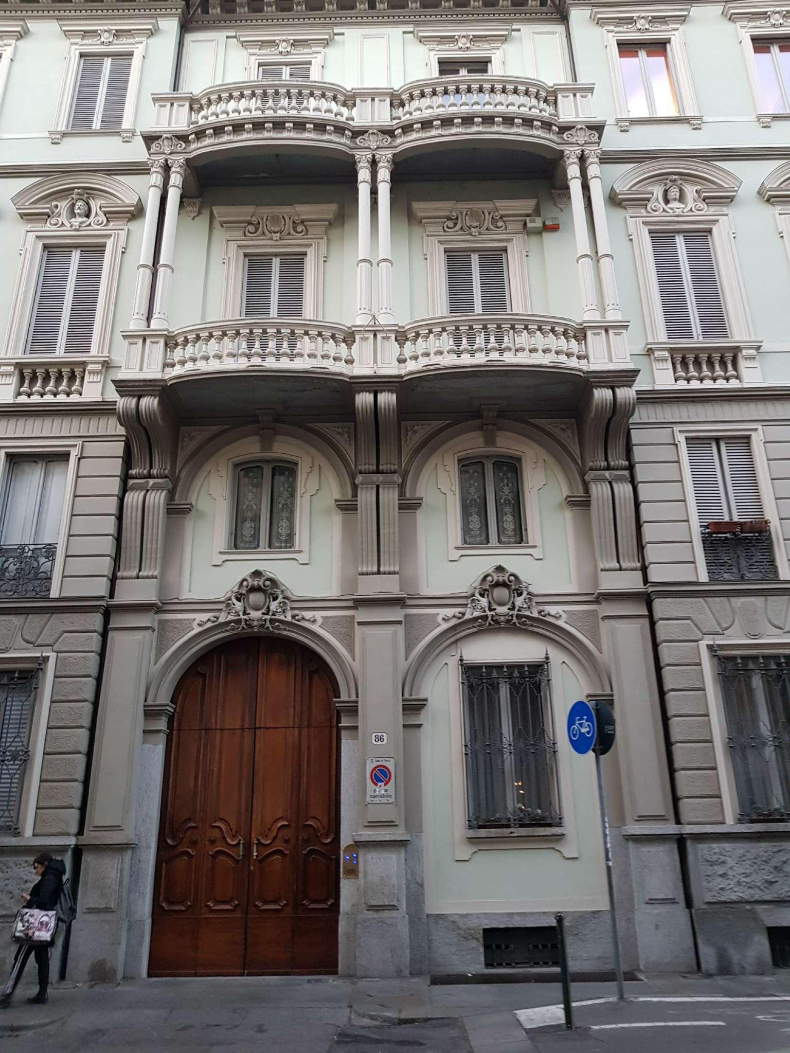 Appartamento ristrutturato in vendita Rif. 9364856