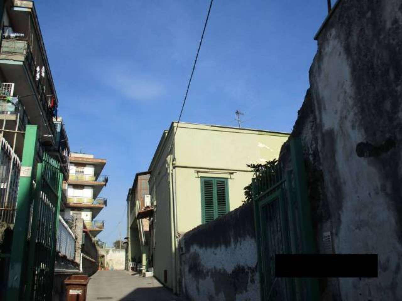 Foto 16 di Bilocale Portici