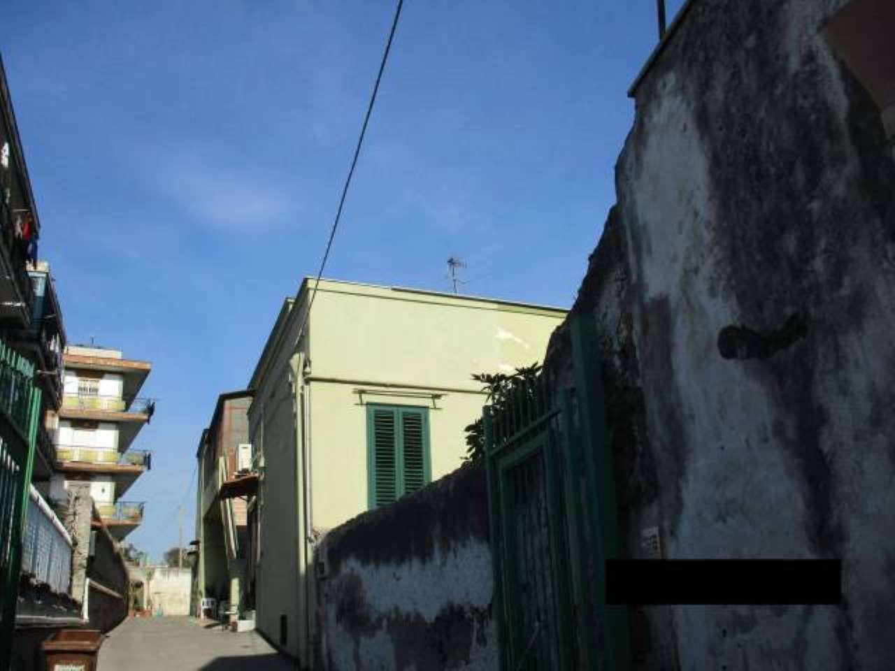 Foto 17 di Bilocale Portici
