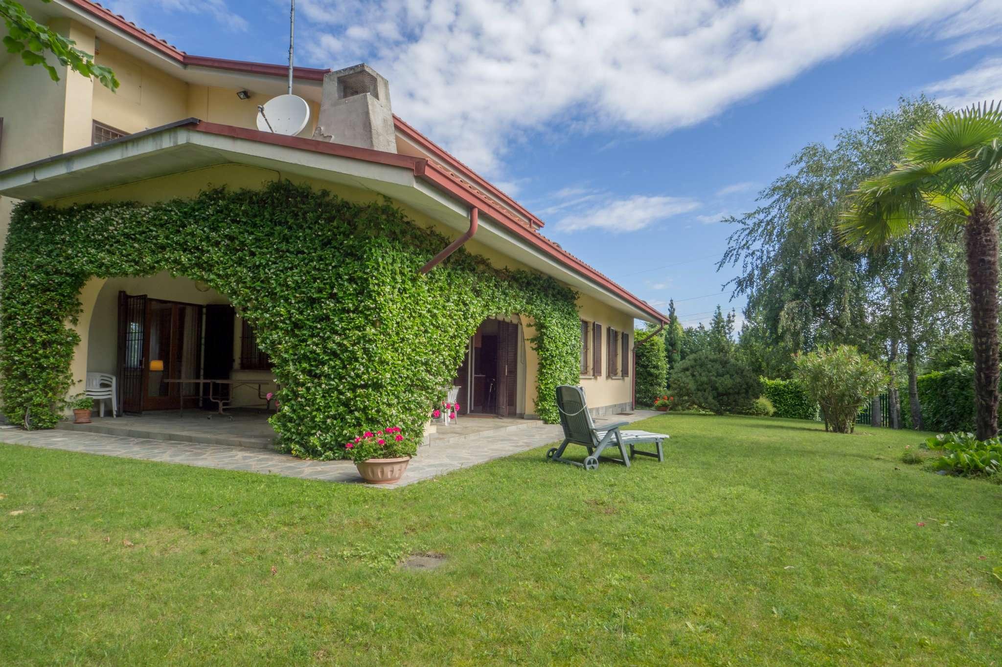 Ville in vendita a pino torinese for Noto architetto torinese