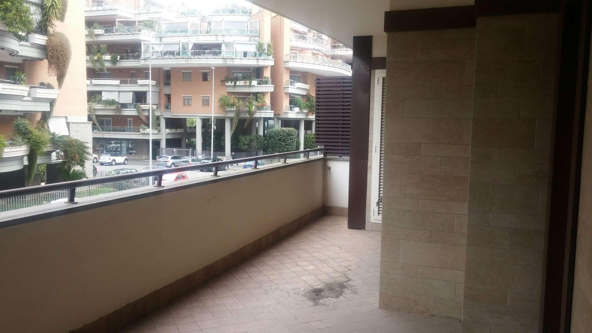 appartamento in vendita roma via amsterdam