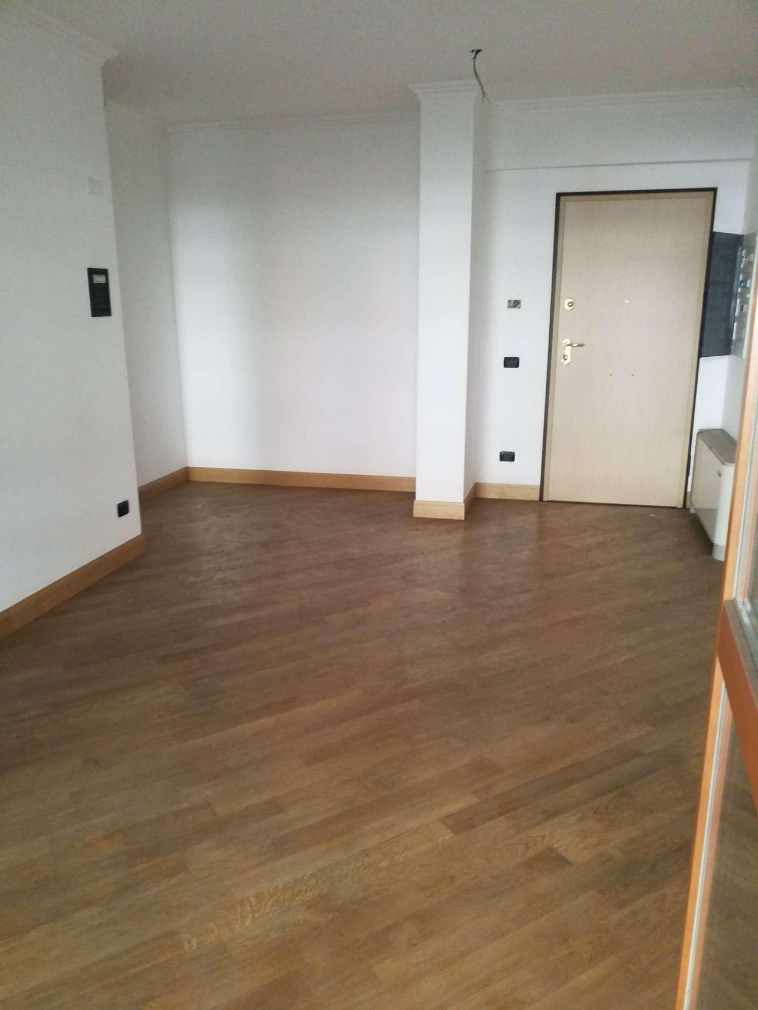 Appartamento in vendita a Roma, 3 locali, zona Zona: 22 . Eur - Torrino - Spinaceto, prezzo € 350.000 | CambioCasa.it