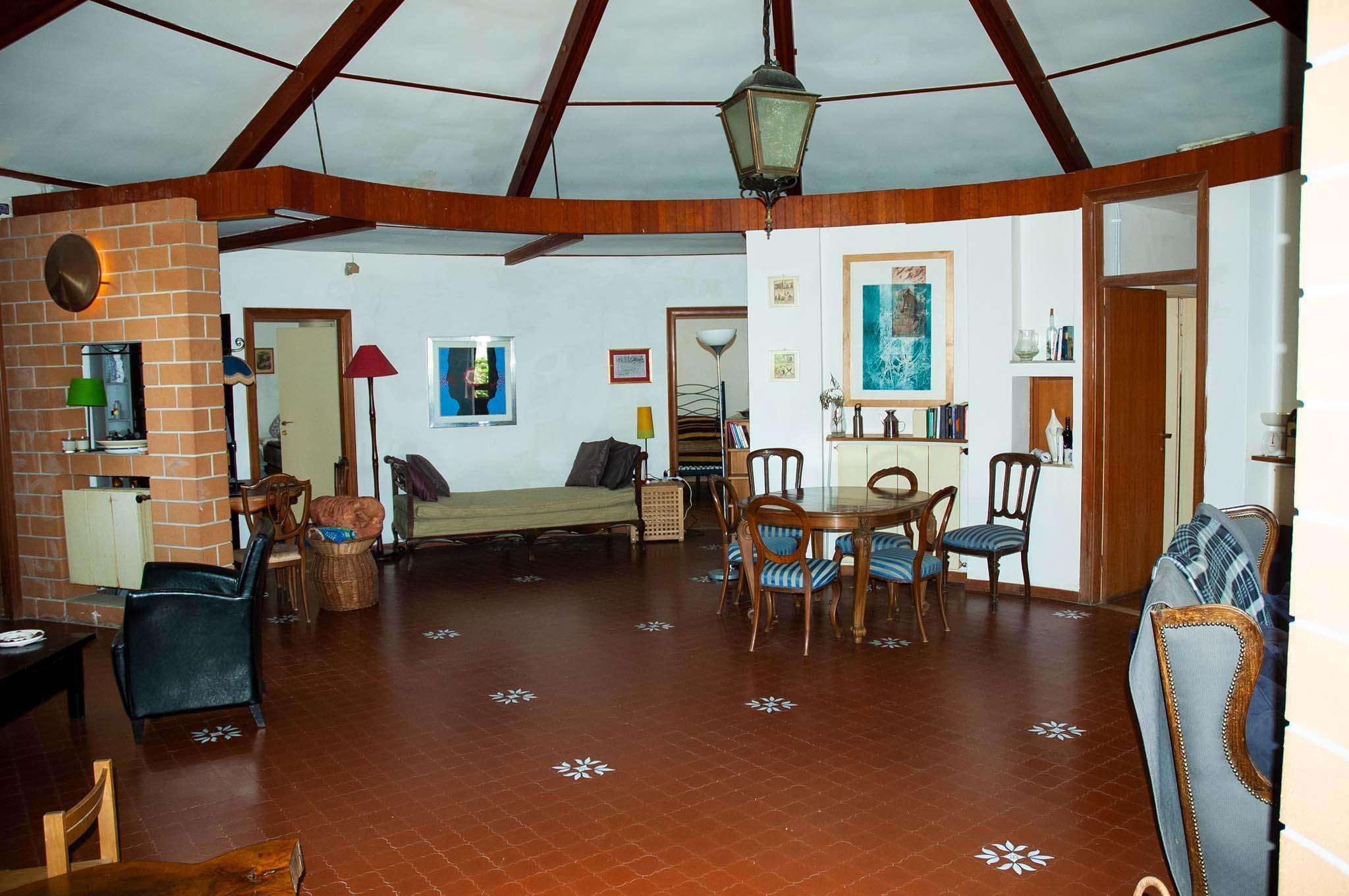 Villa in vendita a Fara in Sabina, 5 locali, prezzo € 330.000 | CambioCasa.it