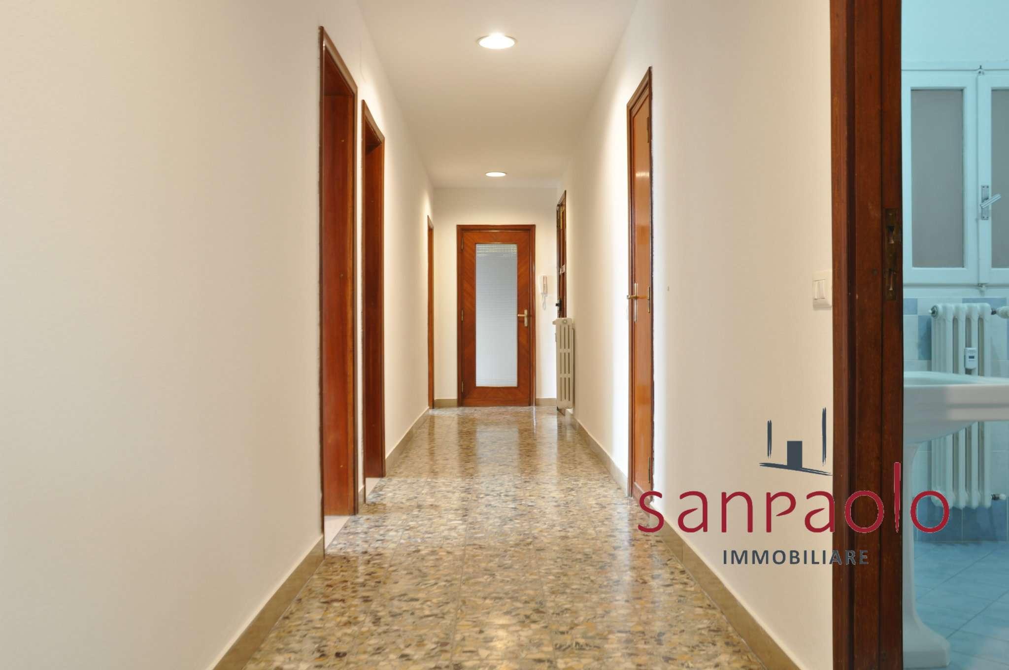 Appartamento in affitto a Pistoia, 6 locali, prezzo € 750 | PortaleAgenzieImmobiliari.it