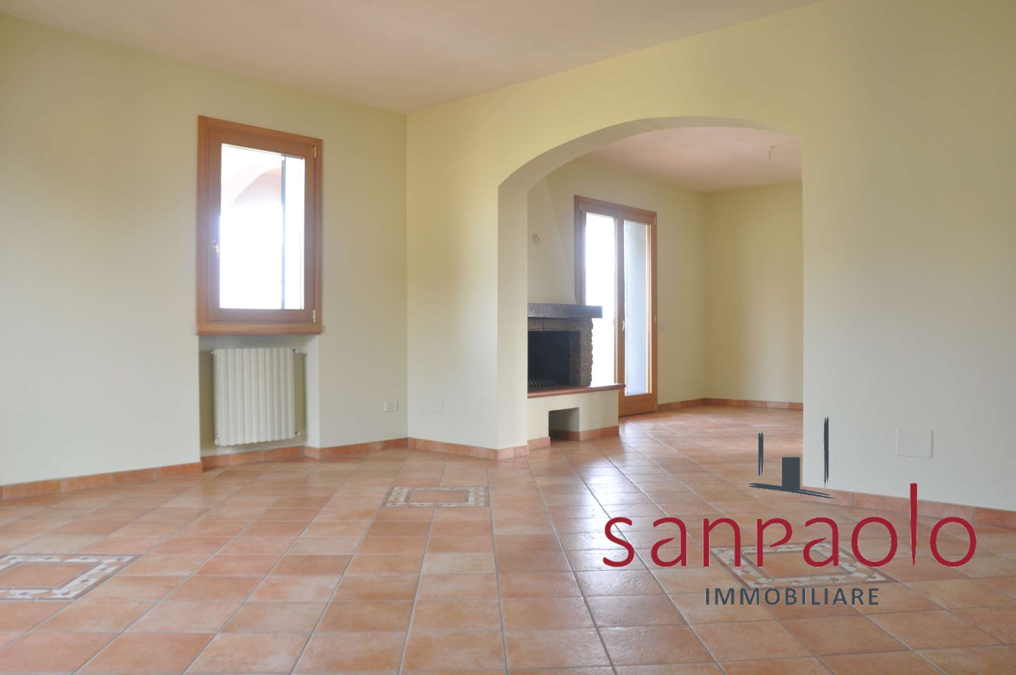 Appartamento in vendita a Pistoia, 5 locali, prezzo € 400.000 | PortaleAgenzieImmobiliari.it