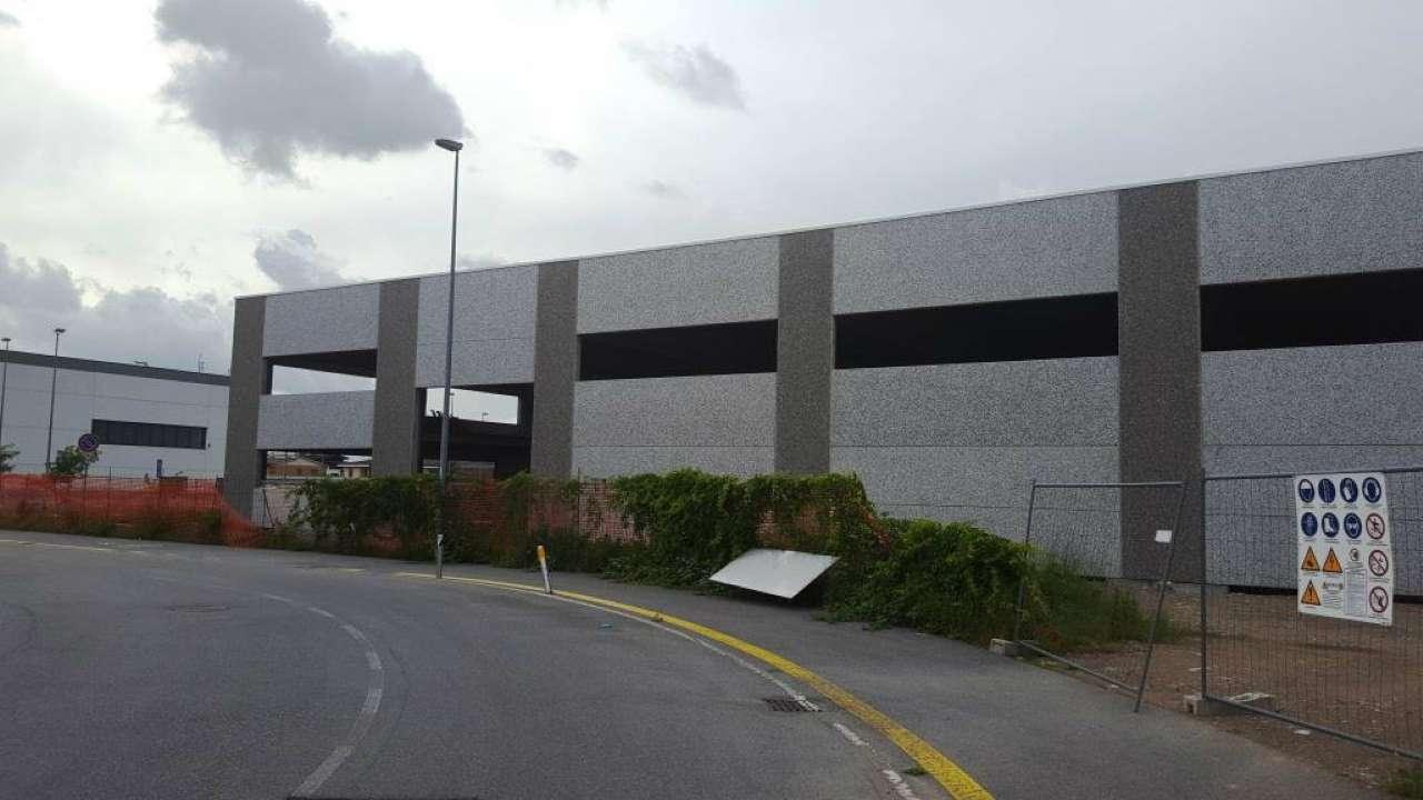 Capannone in affitto a Castano Primo, 1 locali, Trattative riservate   PortaleAgenzieImmobiliari.it