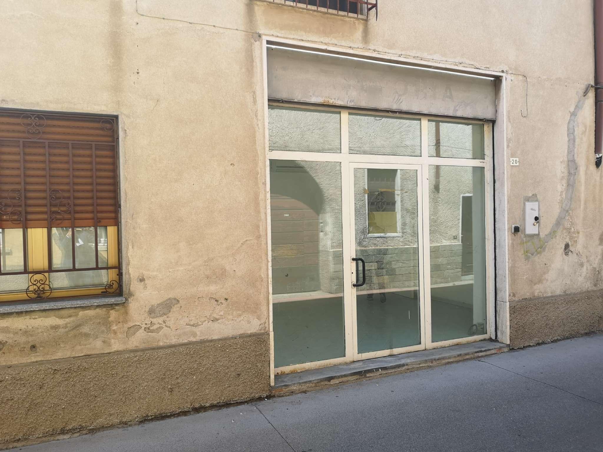 Negozio / Locale in affitto a Samarate, 9999 locali, prezzo € 350 | PortaleAgenzieImmobiliari.it