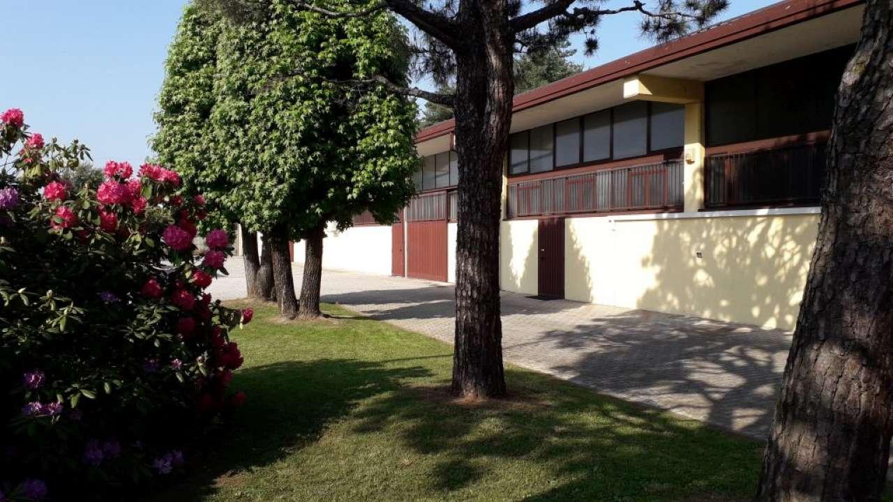 Capannone in affitto a Lonate Pozzolo, 9999 locali, prezzo € 2.500 | PortaleAgenzieImmobiliari.it