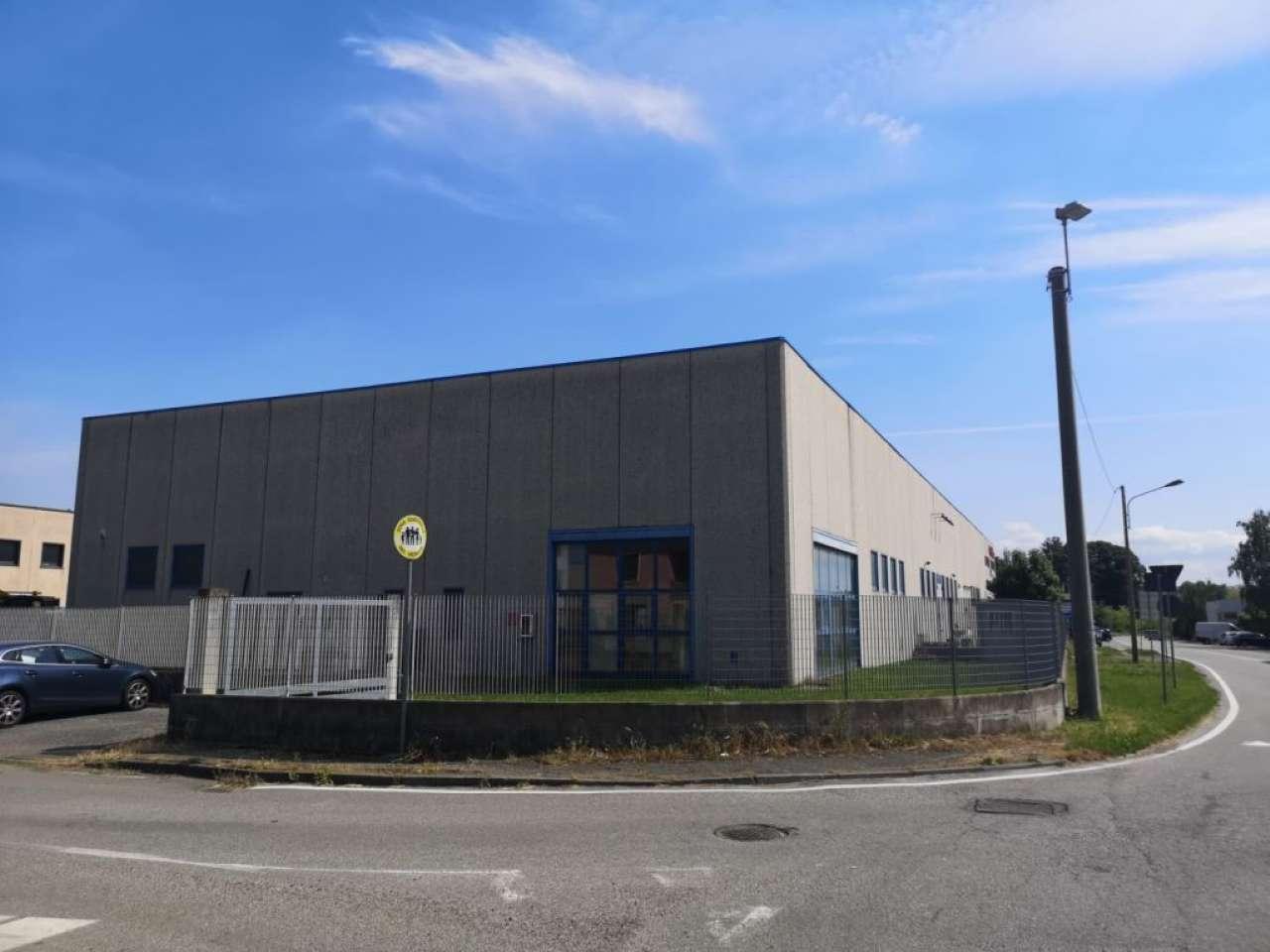 Capannone in vendita a Fagnano Olona, 9999 locali, prezzo € 320.000 | PortaleAgenzieImmobiliari.it