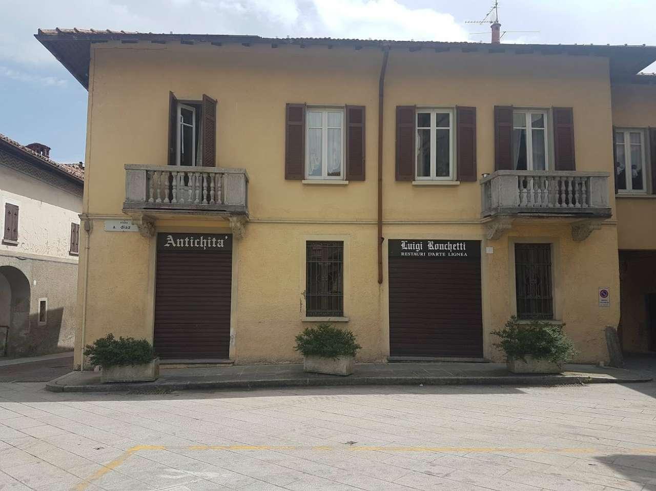 Negozio / Locale in vendita a Carnago, 3 locali, prezzo € 210.000 | CambioCasa.it
