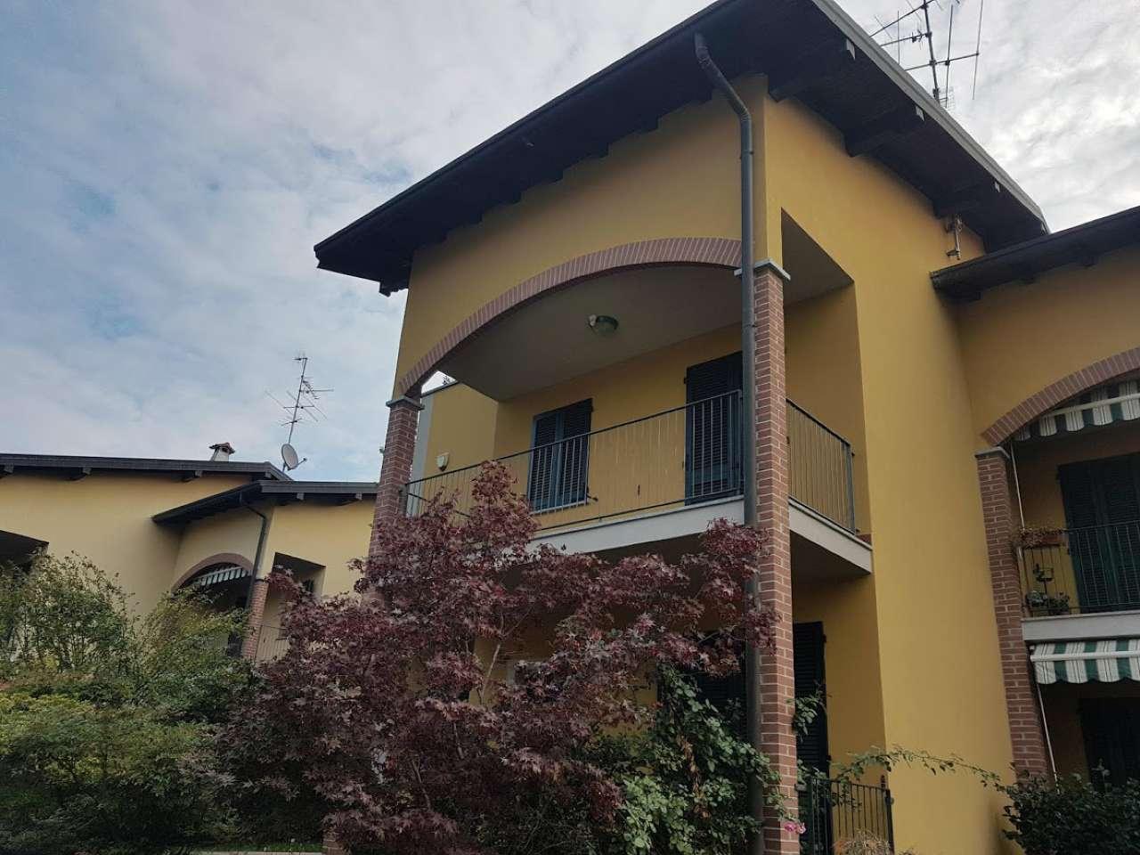 Villa a Schiera in vendita a Solbiate Arno, 6 locali, prezzo € 265.000 | CambioCasa.it