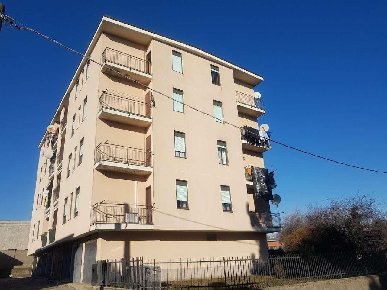 Appartamento in vendita a Solbiate Arno, 3 locali, prezzo € 65.000 | CambioCasa.it
