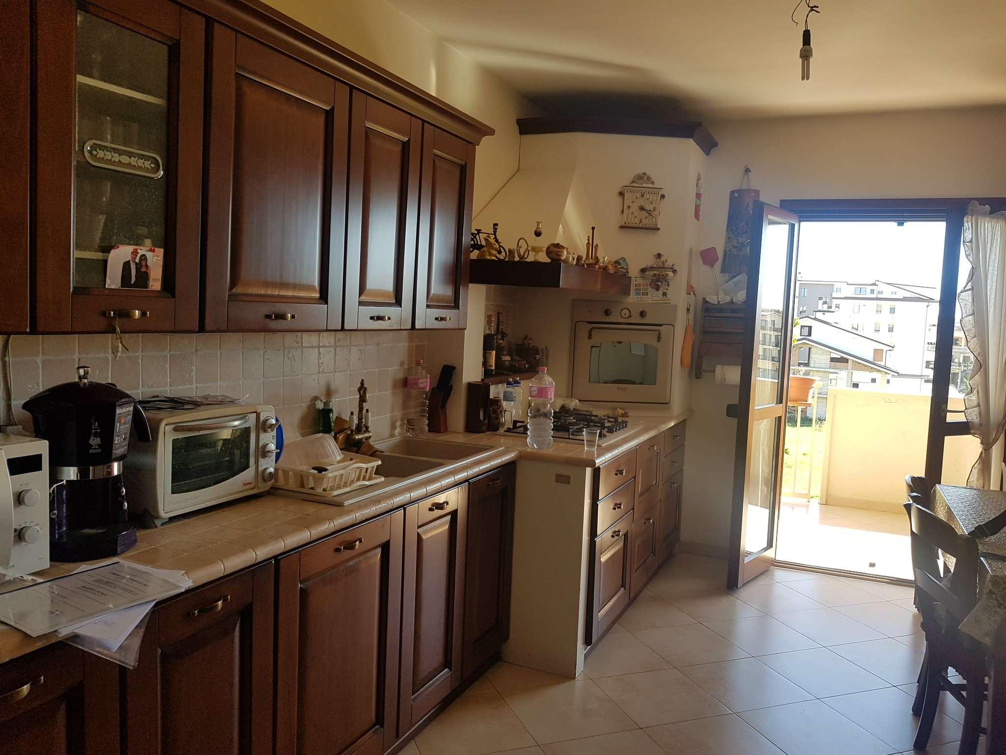 Appartamento in buone condizioni in vendita Rif. 5673494