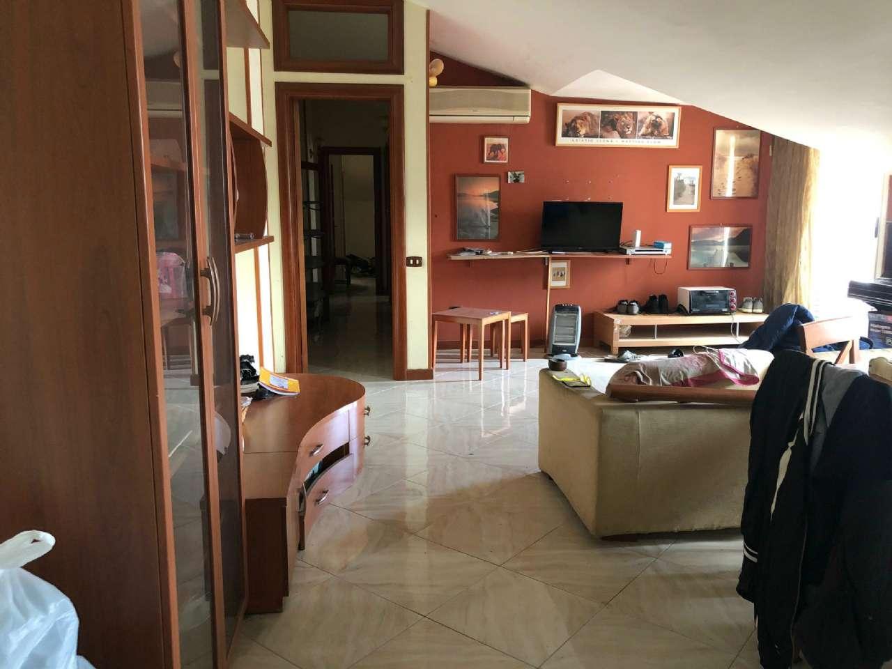 Attico / Mansarda in vendita a Giugliano in Campania, 3 locali, prezzo € 67.000 | PortaleAgenzieImmobiliari.it