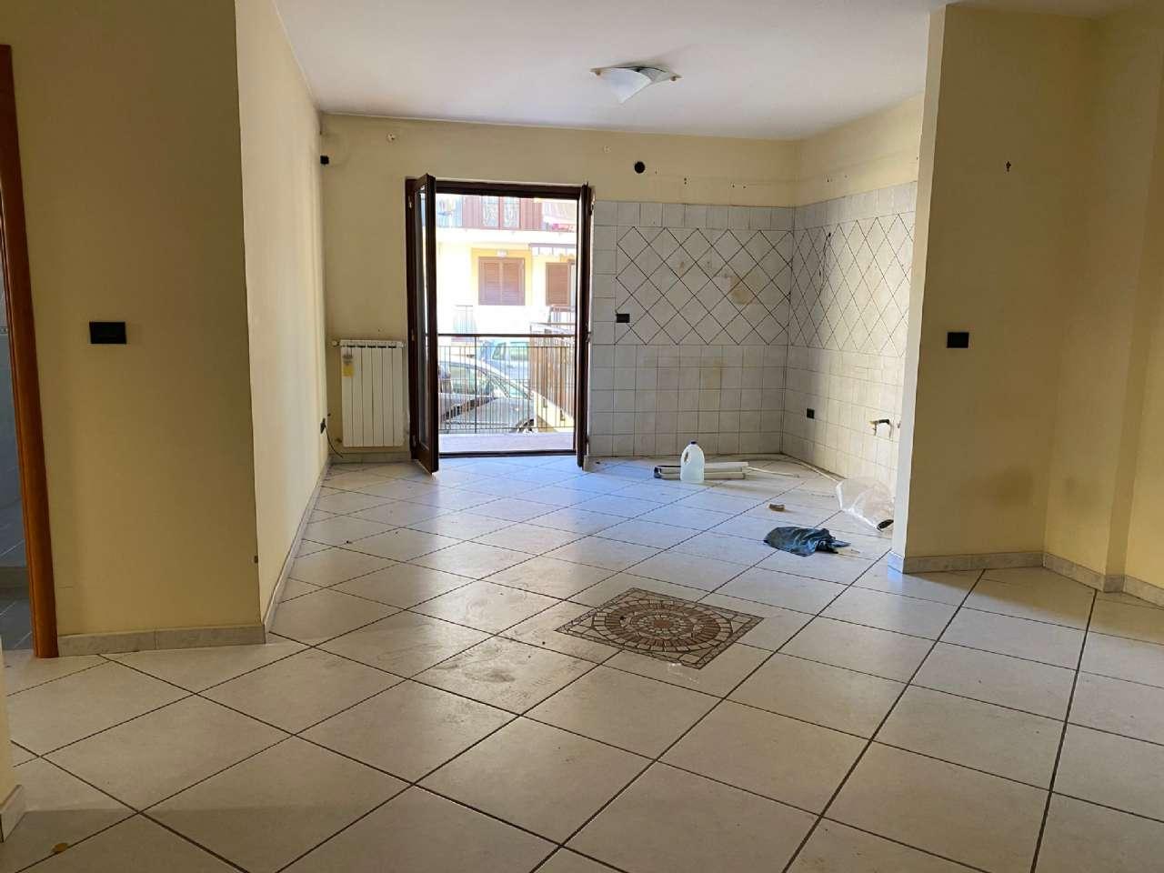 Appartamento in affitto a Giugliano in Campania, 3 locali, prezzo € 530   CambioCasa.it