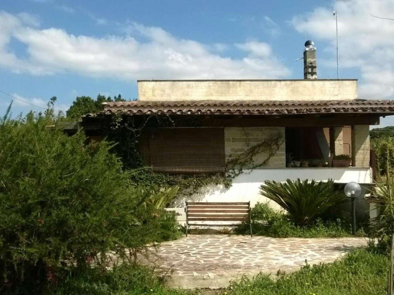 Villetta a schiera in buone condizioni in vendita Rif. 8912759