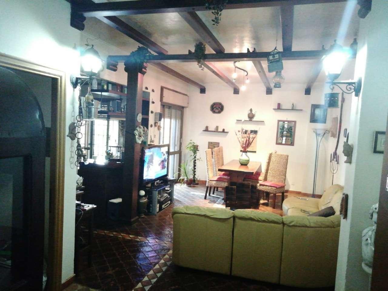 Appartamento in vendita a Roma, 3 locali, zona Zona: 12 . Cinecittà,Don Bosco, Lucrezia Romana, prezzo € 220.000 | CambioCasa.it