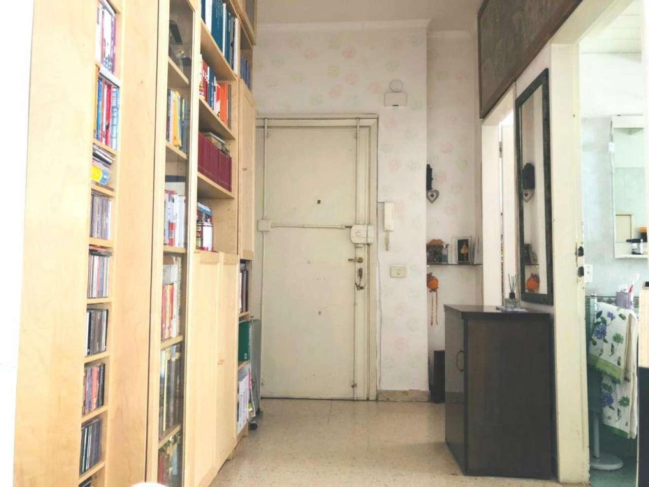 Appartamento in vendita a Roma, 1 locali, zona Zona: 20 . Marconi - Ostiense, prezzo € 189.000 | CambioCasa.it