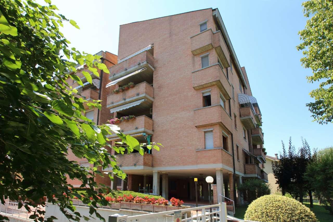 Appartamento in ottime condizioni in affitto Rif. 7440411