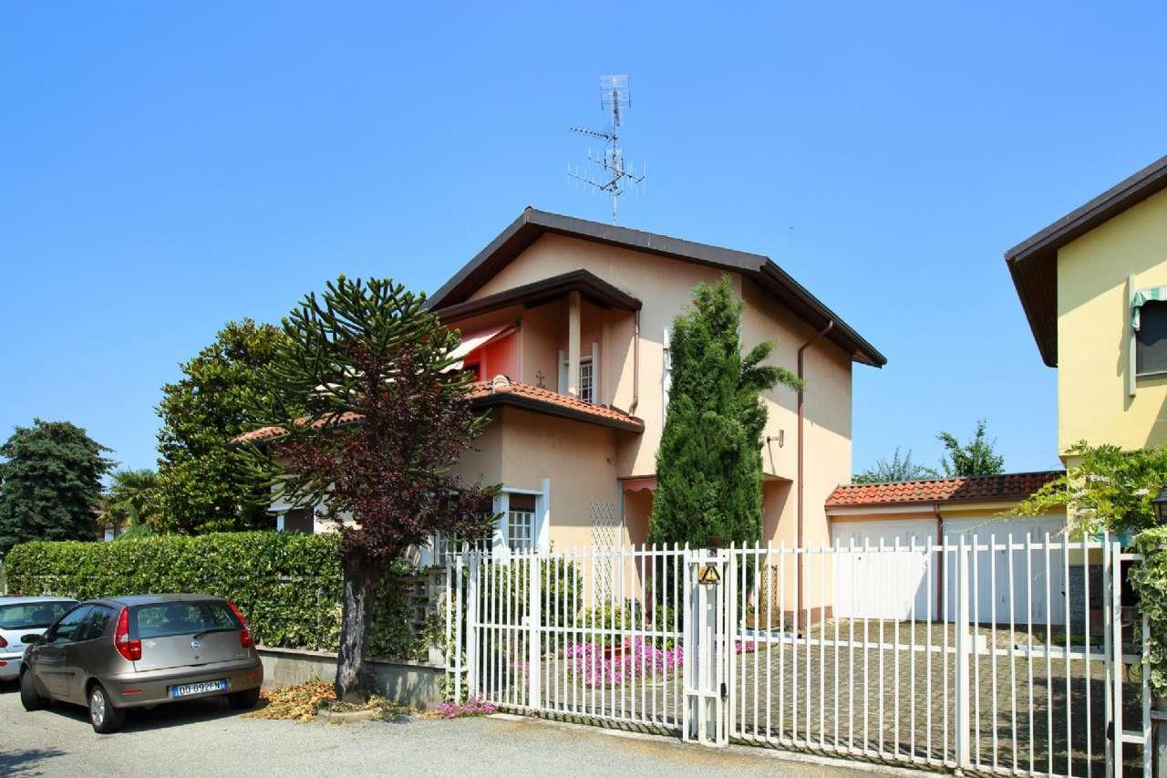 Casa Indipendente in buone condizioni in vendita Rif. 7860885