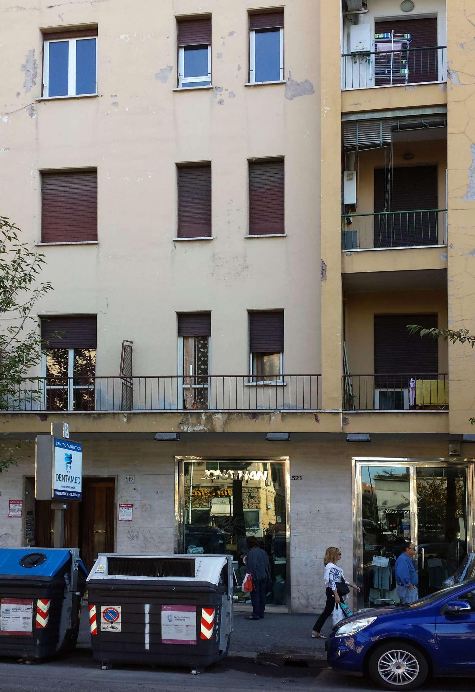 Appartamento in vendita a Roma, 2 locali, zona Zona: 16 . Appia nuova - Alberone - Colli Albani, prezzo € 245.000 | CambioCasa.it