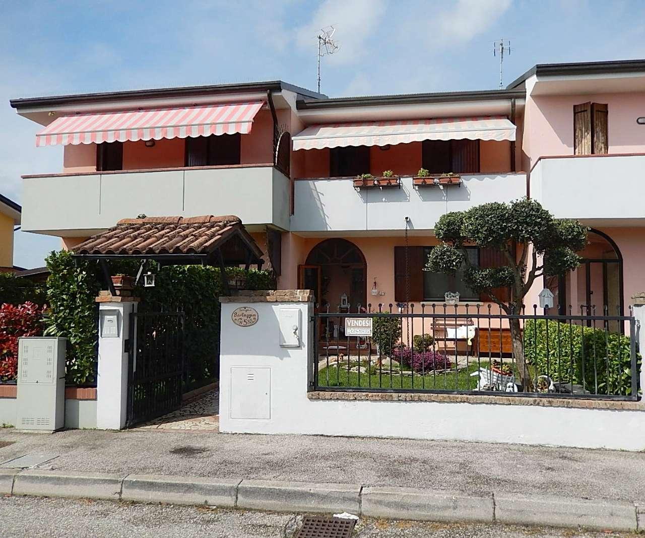 Villa correzzola vendita 110 mq doppi servizi for Piani di casa ranch unici