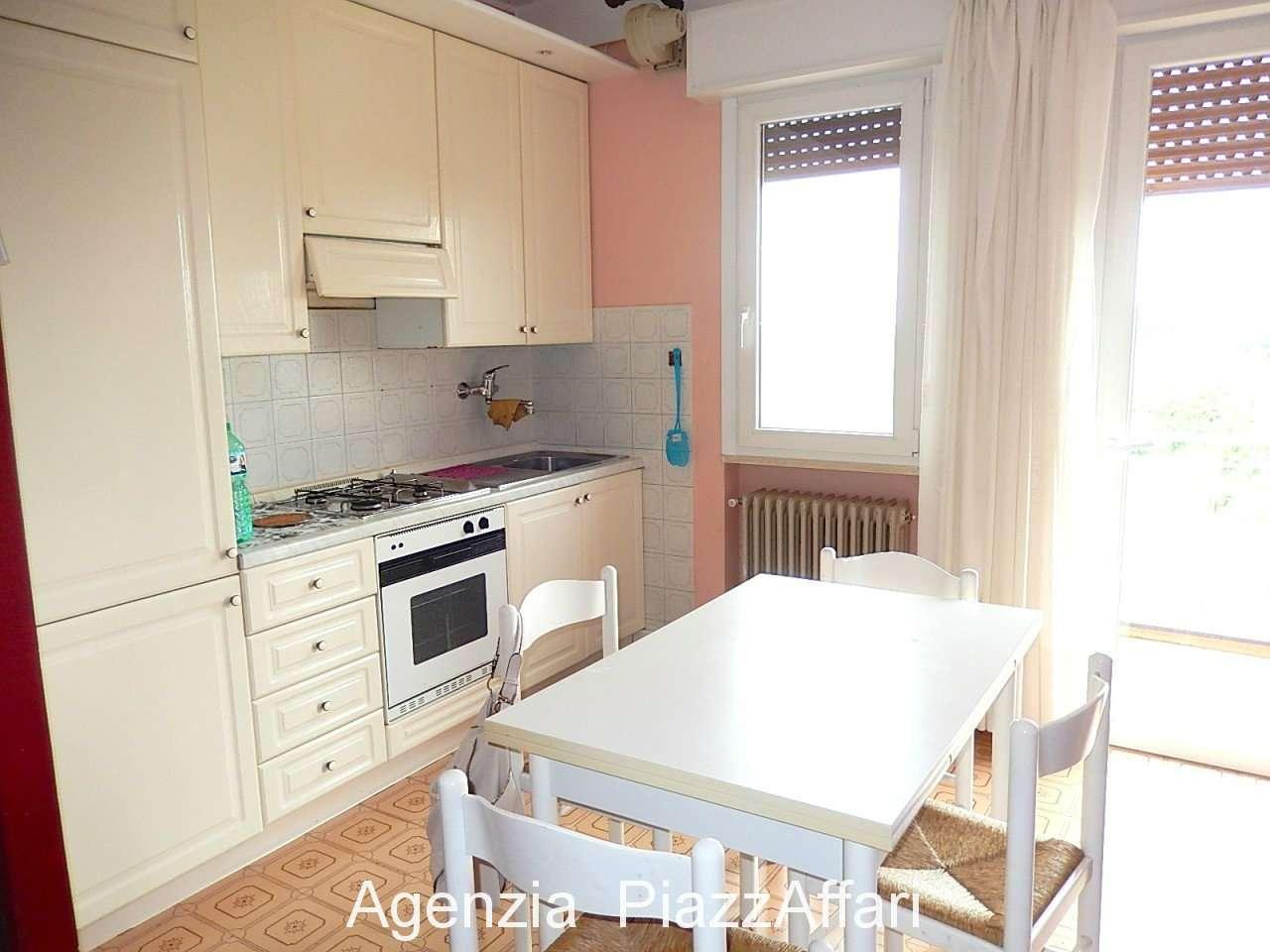 Appartamento in buone condizioni in vendita Rif. 7578134