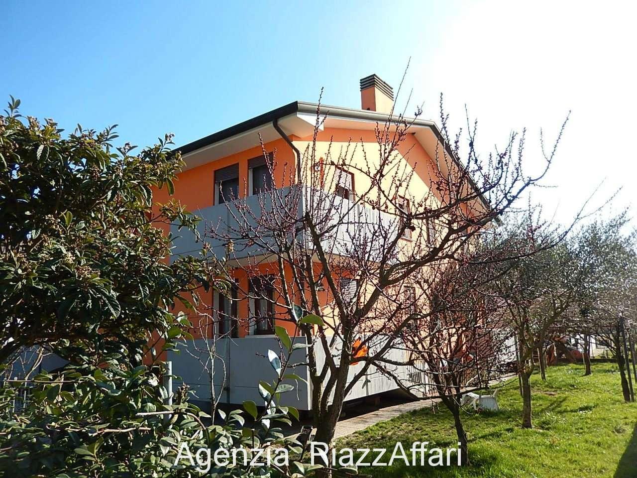 Appartamento in vendita a Pontelongo, 3 locali, prezzo € 75.000 | CambioCasa.it
