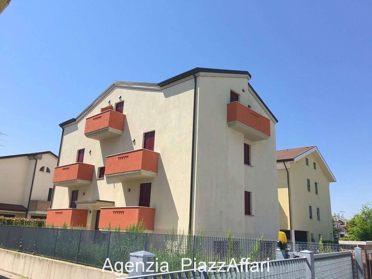 4 appartamenti di varie metrature