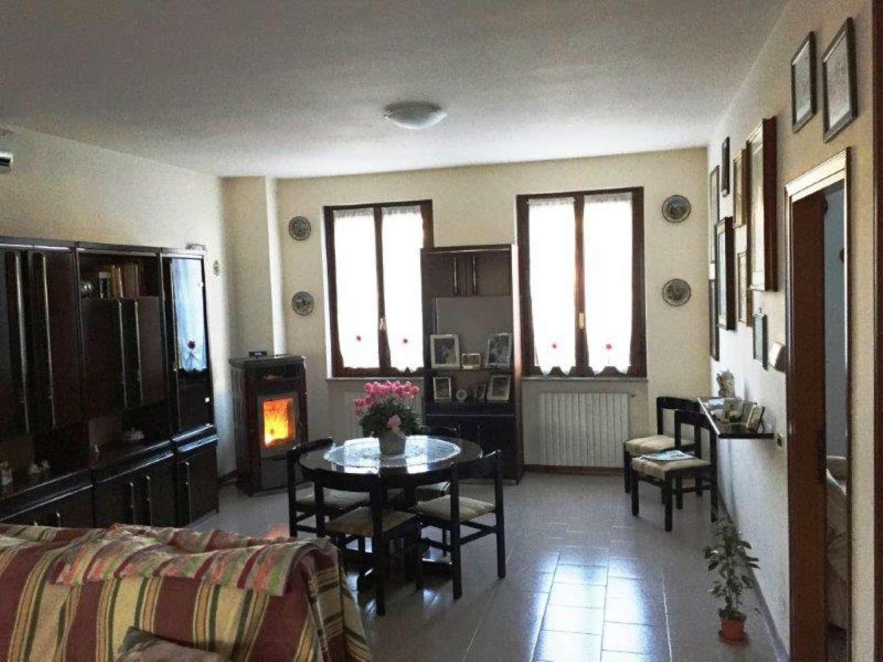 Rustico / Casale in vendita a Capergnanica, 5 locali, prezzo € 250.000 | CambioCasa.it