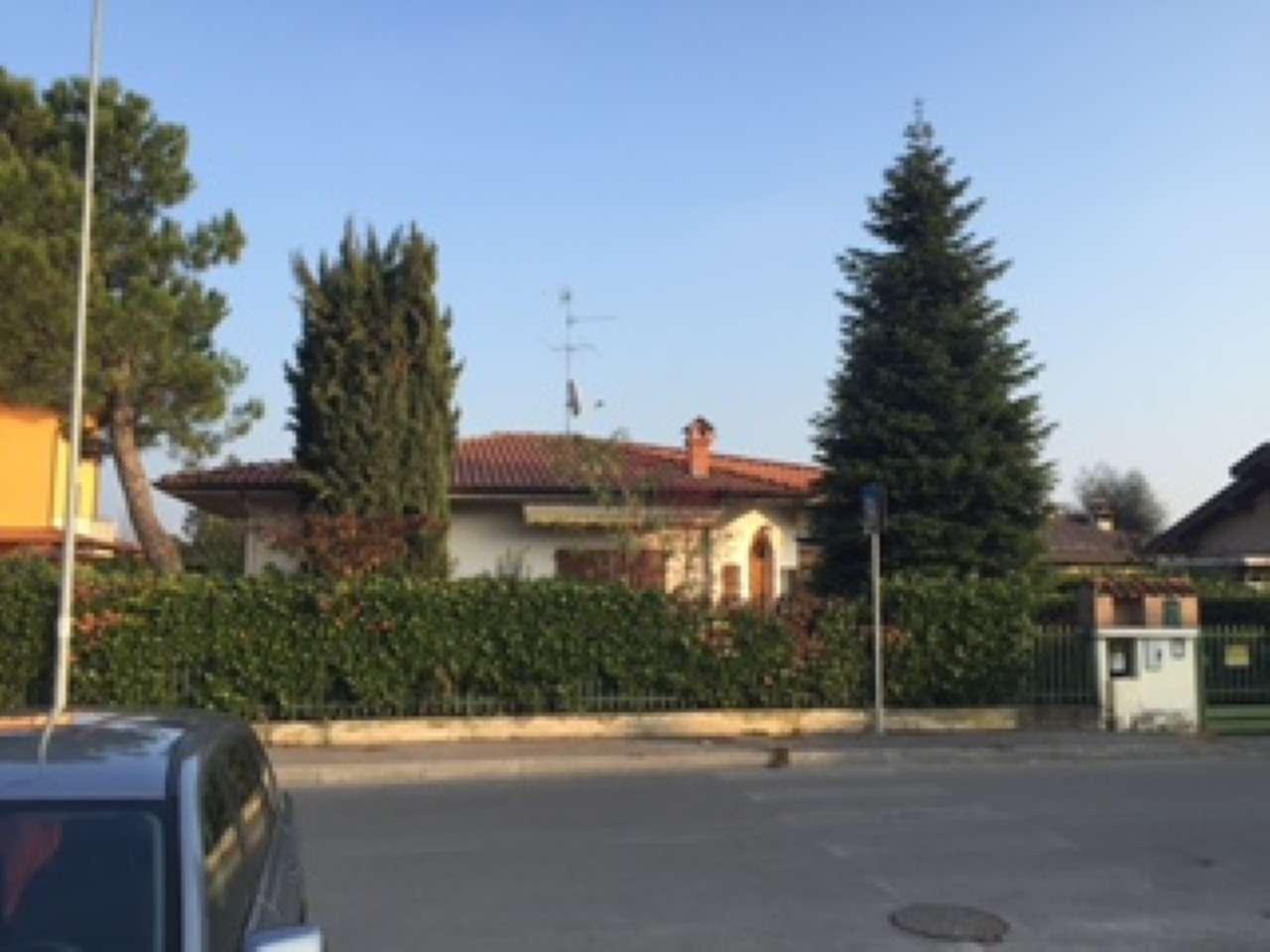 Villa in vendita a Cologno al Serio, 5 locali, prezzo € 340.000   PortaleAgenzieImmobiliari.it