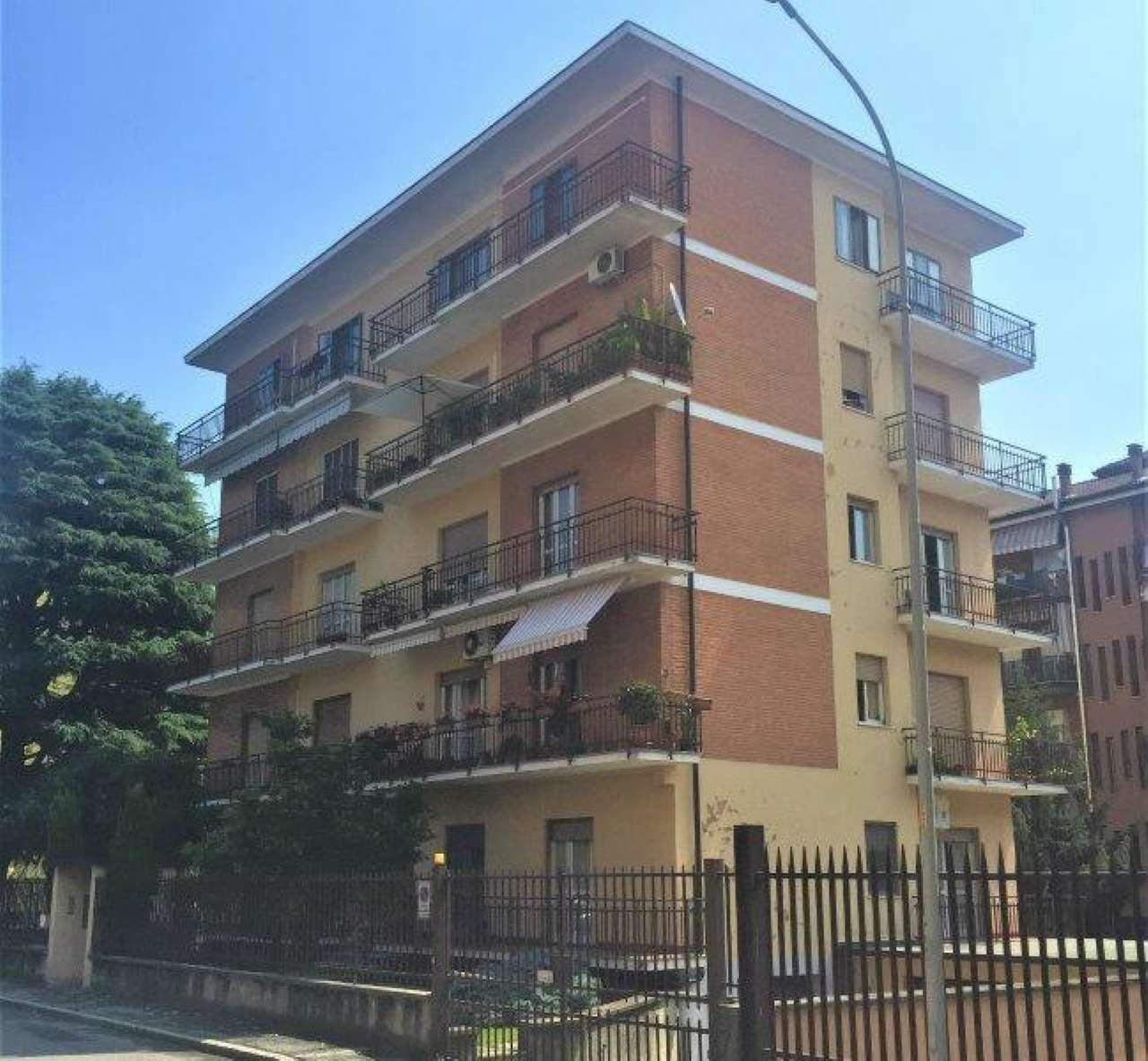 Appartamento in buone condizioni in vendita Rif. 7015642