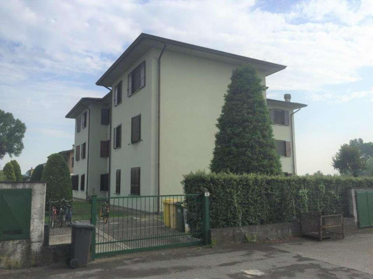 Appartamento in ottime condizioni in vendita Rif. 7058670