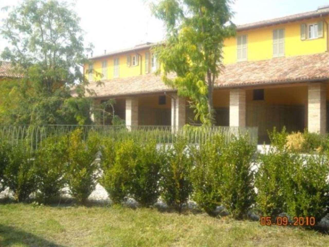 Rustico / Casale in vendita a Capergnanica, 4 locali, prezzo € 180.000 | CambioCasa.it