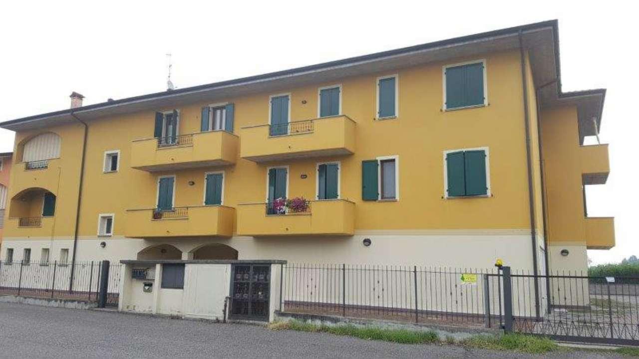 Appartamento in ottime condizioni in vendita Rif. 7297416