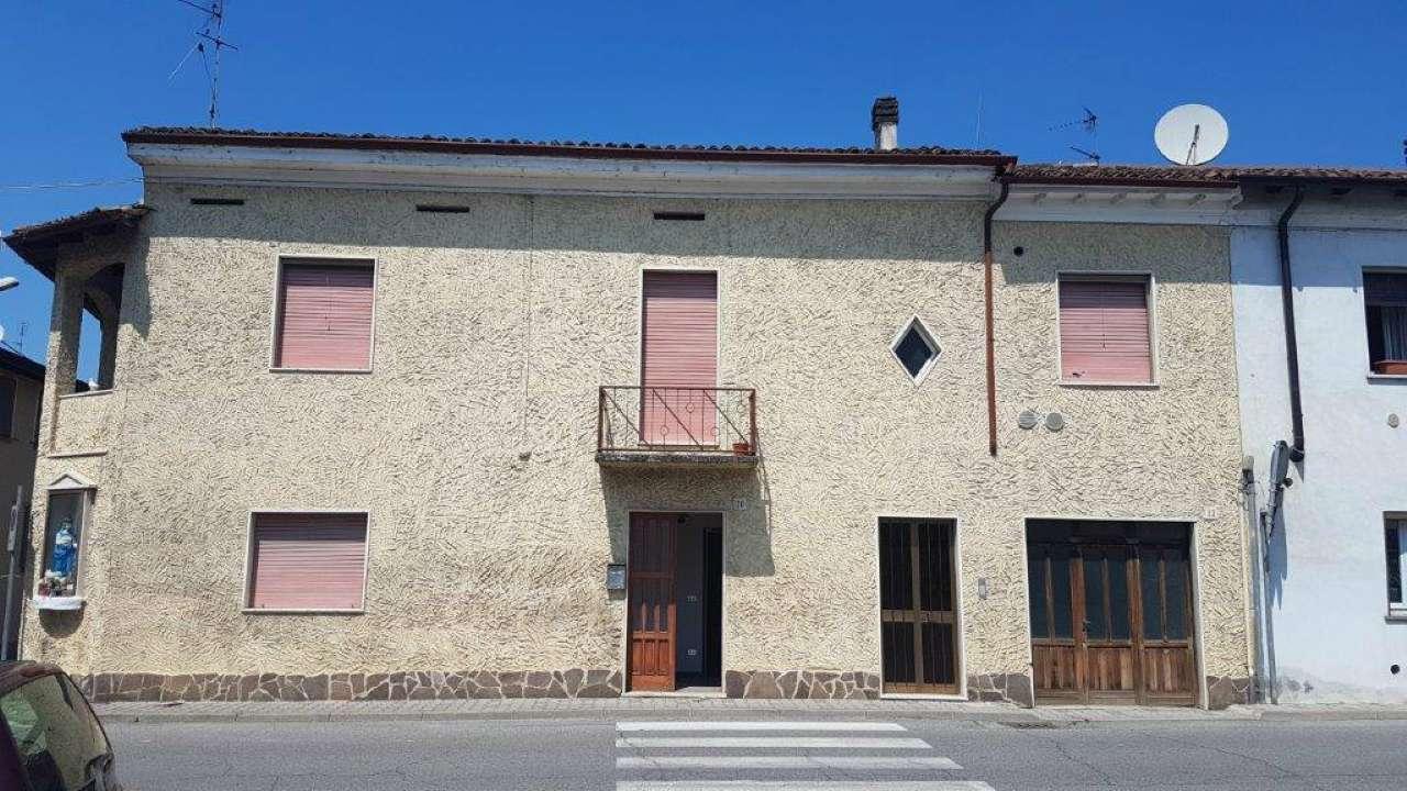 Soluzione Indipendente in vendita a Ripalta Arpina, 8 locali, prezzo € 99.000   CambioCasa.it