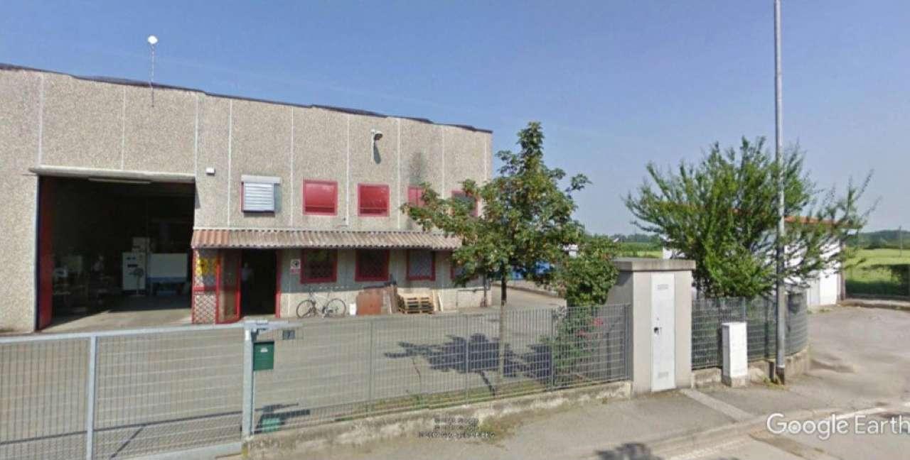 Capannone in vendita a Agnadello, 9999 locali, prezzo € 130.000 | CambioCasa.it