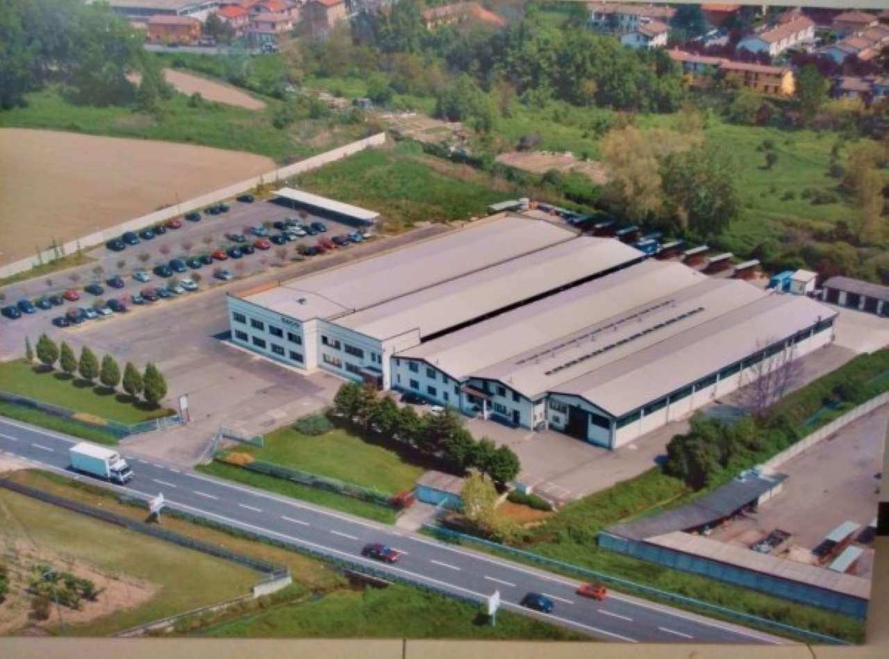 capannone industriale artigianale DA MQ.800 FINO A MQ. 5.000 con piazzale di 15.000 mq Rif. 9257770