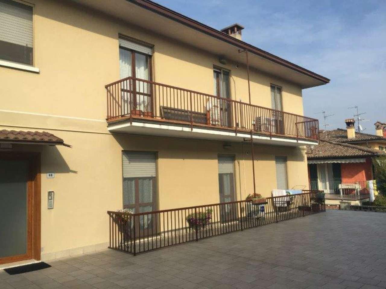 Appartamento in ottime condizioni in vendita Rif. 9287971
