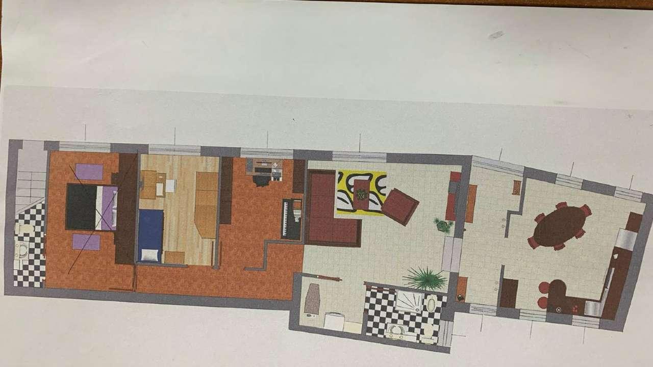 Appartamento in vendita a Gavirate, 4 locali, prezzo € 120.000 | CambioCasa.it